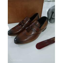 Chaussure deux Pompom Marron