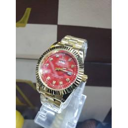 Montre  Rolex intérieur rouge