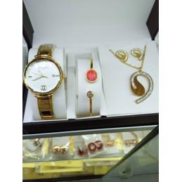 Bracelet Coffre ER678KJNV