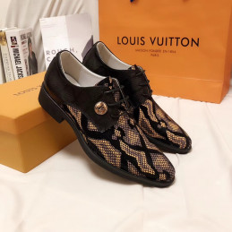 CHAUSSURE LOUIS VUITTON...