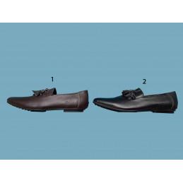 Chaussure en cuir lacoste...